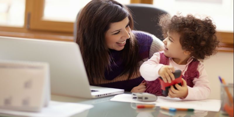 Know the successful mantra of Managing Work and Kids from these 17 Mompreneurs