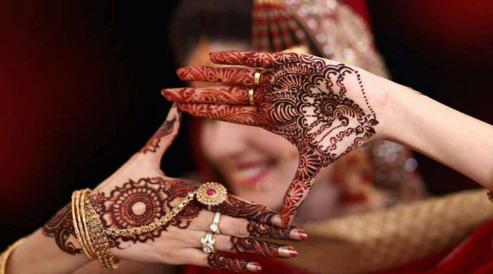 14 Beautiful Mehndi Designs to flaunt on Teej and Rakhi