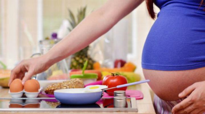 गर्भावस्था में पोषण से संबंधित मिथक