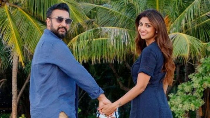 Shilpa Shetty flies to Japan to celebrate her 10th wedding anniversary