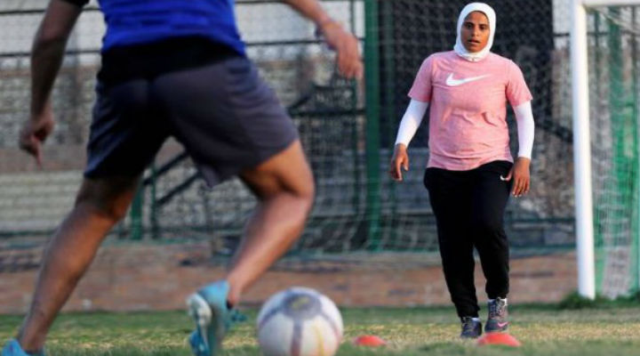 Faiza Heidar, becomes first woman to coach a men's pro team in Egypt