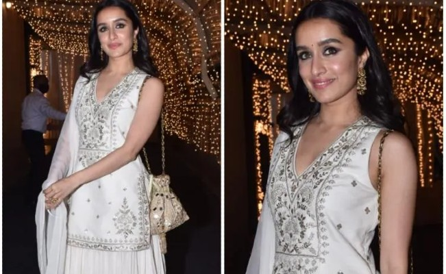 Shraddha Kapoor brings elegance back in a gorgeous white sharara