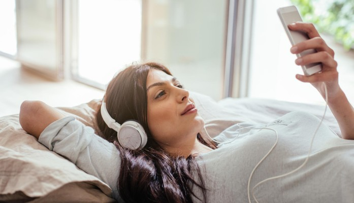 5 podcasts to lead young mommies towards happy parenting!
