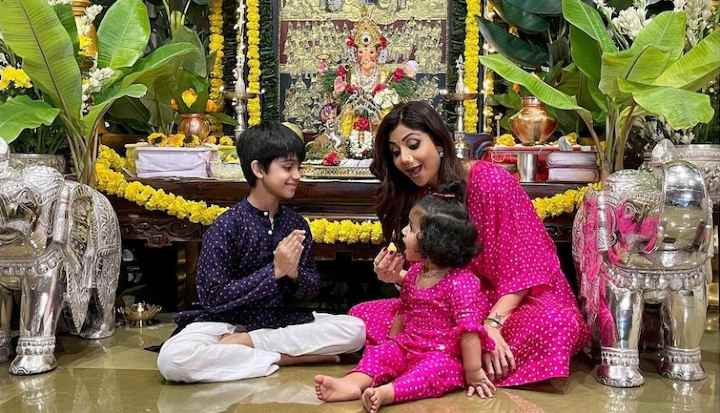 Shilpa Shetty Twins With Daughter, Samisha As They Celebrate Ganesh Chaturthi At Home. See pics