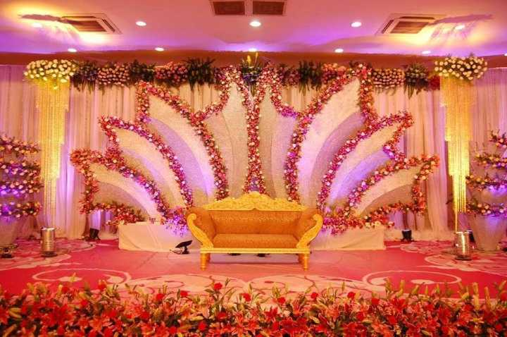 20+ Stage Decoration Ideas For Indian Weddings(Grand & Simple)